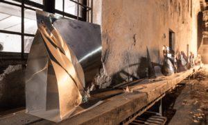Sculture in metallo